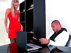 Classy Squirting assfucked russisch in office